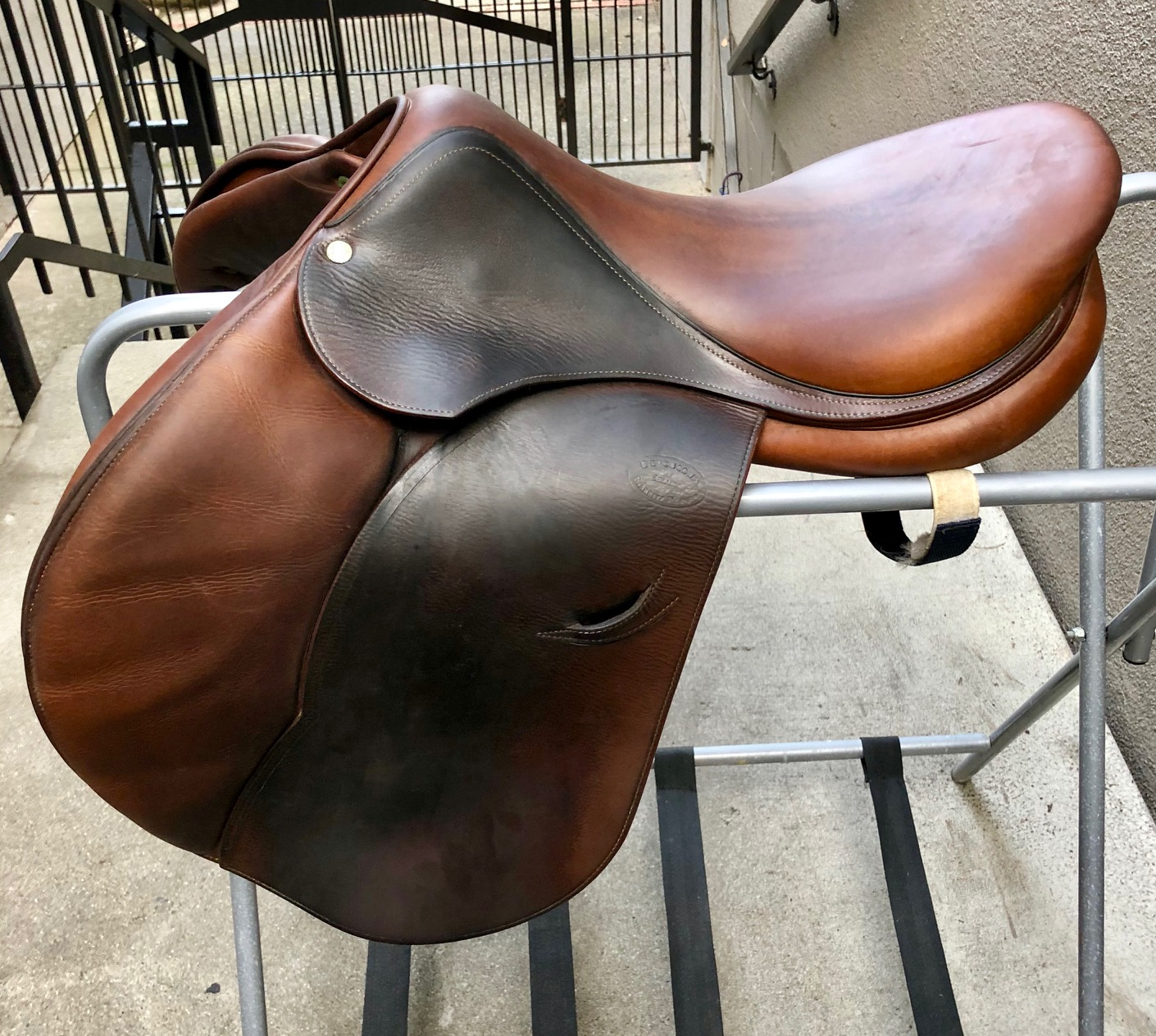 Tack & Supplies: English Jumping Saddles For Sale-Classified